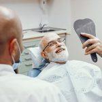 Los implantes dentales en personas mayores